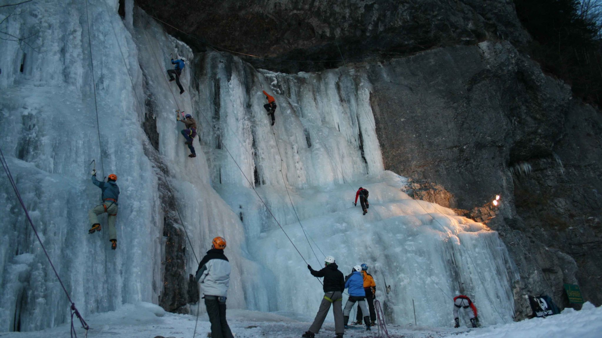 Eisklettern Muotatal
