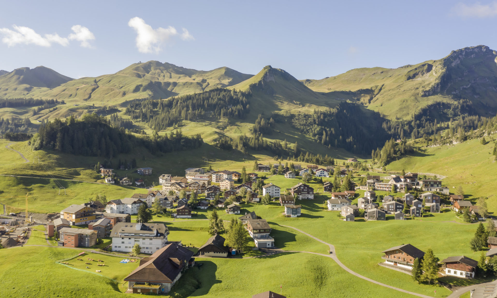 Dorf Stoos Zürrer