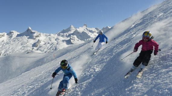 Familien-Skifahren Stoos